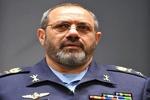 فرمانده نیروی هوایی ارتش با خانواده شهید گوهری دیدار کرد