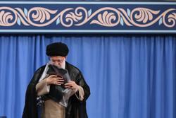 """إقامة مراسم أمسية """"ذكريات من الدفاع المقدس"""" بحضور قائد الثورة الاسلامية  /صور"""