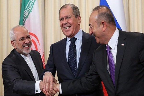وزراء خارجية ايران وروسيا وتركيا يؤكدون على ضرورة الحل السياسي في سوريا