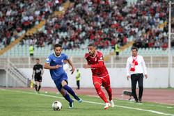 مصدومیت کاپیتان تیم ملی فوتبال مقابل دستیاران کیروش