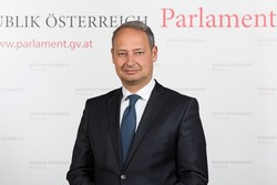 Austria's parliamentary official emphasizes on broadening Iran-Europe ties