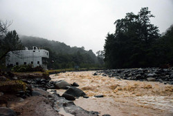 هرگونه دخل و تصرف در مسیر رودخانهها خطرساز است
