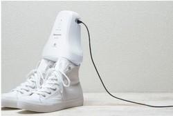 دستگاهی که کفش ها را خوشبو می کند