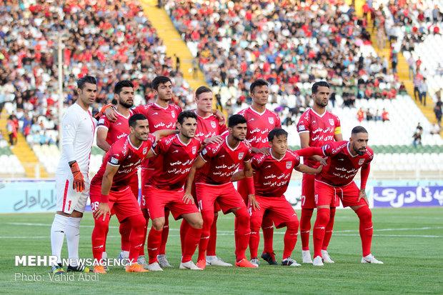 حضور ذوب آهنیهای سابق در تراکتور/ جدال تبریز و اصفهان سر۳ امتیاز