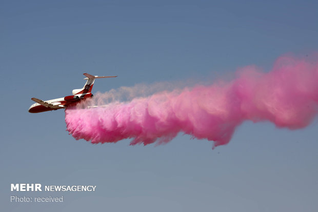 Domestically-designed heavy-duty firefighting aircraft unveiled + video
