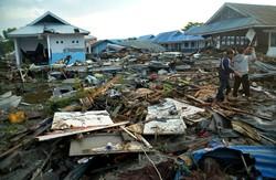 Endonezya'yı deprem ve tsunami vurdu