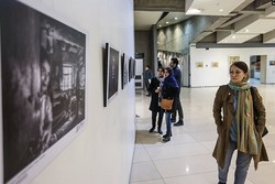 Khayyam intl. photography exhibition opens in Qom