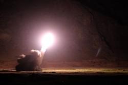 الصور الأولى لهجوم الحرس الثوري الصاروخي على مقر الإرهابيين شرق الفرات