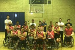 برگزاری مراسم بدرقه تیم بسکتبال با ویلچر در کنار سالمندان