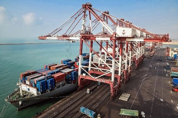 Hormozgan western ports' throughput top 2m tons in six months