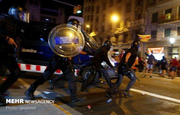 ادامه اعتراضات جدایی طلبان اسپانیایی در بارسلون