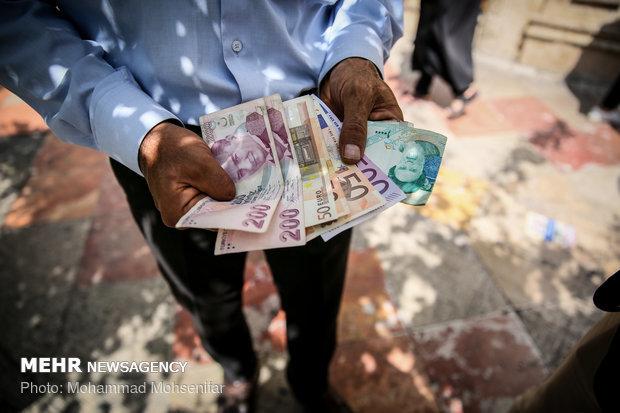 عدم مقابله بانک مرکزی با سفته بازان بازار ارز