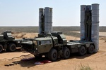 VIDEO: S-300 launchers delivered to Syria