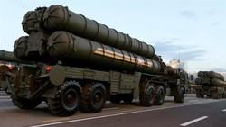 Rusya'dan Türkiye'ye teslim edilen S-400 hakkında açıklama