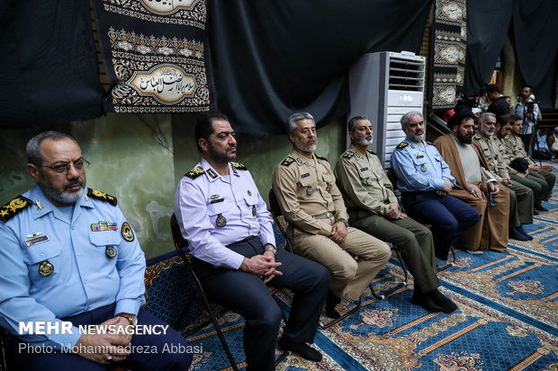 Iran's Army pays tribute to martyrs of Ahvaz terror attack