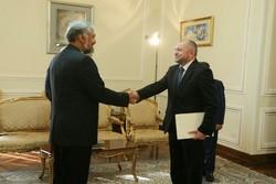 وكيل الخارجية الايرانية يتسلم أوراق اعتماد سفير البوسنة الجديد في طهران