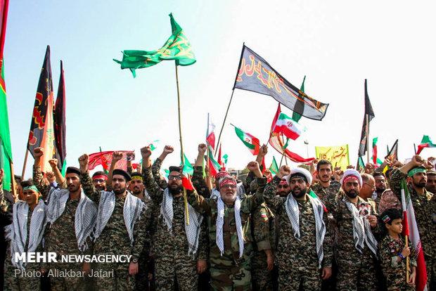 بسیج نقشههای پیچیده دشمن علیه نظام اسلامی را درهم میکوبد