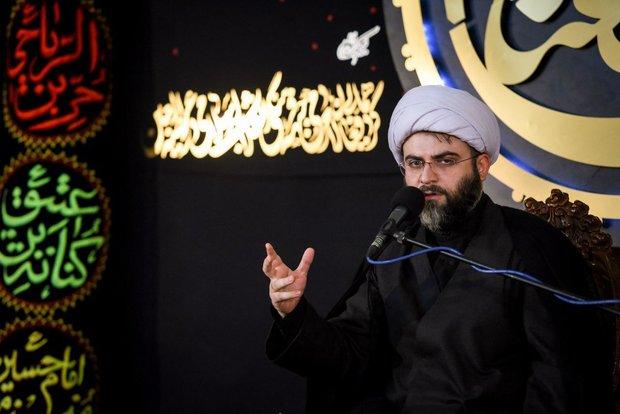 مأموریت خادمان اربعین تبلیغ اسلام عاشورایی است