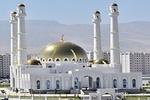 اهدای قرآن از سوی رییس جمهور به مسجد تازه تأسیس ترکمنستان