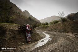 Türkmen kadın hayatta kalmakiçin mücadele ediyor