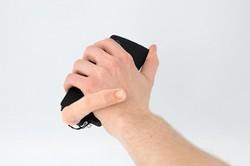 یک انگشت رباتیک اکسسوری جدید موبایل شد!