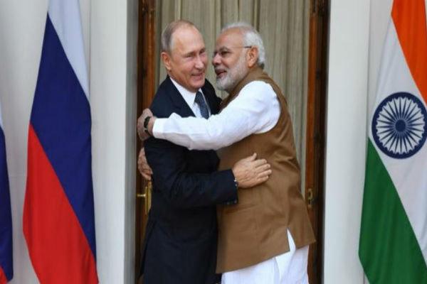 Rusya'yla Hindistan arasında S-400 anlaşması imzalandı