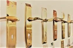 تولید دستگیرهها و یراقهای ساختمانی با پوشش های نانویی