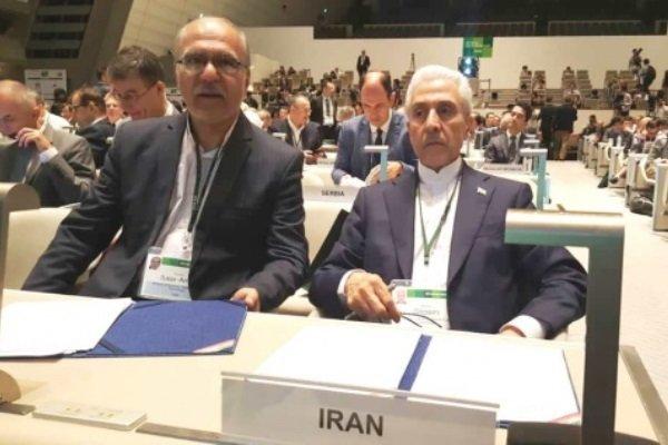 تاکید وزیر علوم بر مشارکت تمام نخبگان برای رفع تنگناهای اقتصادی