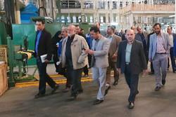 بازدید اعضای کمیسیون ویژه حمایت از تولیدملی از یک واحد تولیدی