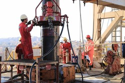 Iran, Oman weigh boosting drilling-related cooperation