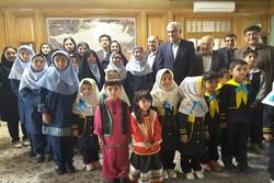 دیدار شهردار تهران با کودکان منطقه18