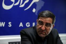 روحانی باید بماند و پاسخگو باشد/جزئیات طرح «یک لیتر بنزین» به هر ایرانی