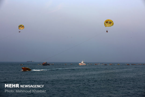 Border guards perform maritime maneuver on Kish Island