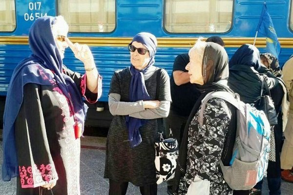 Golden Eagle luxury tourist train arrives in Iran