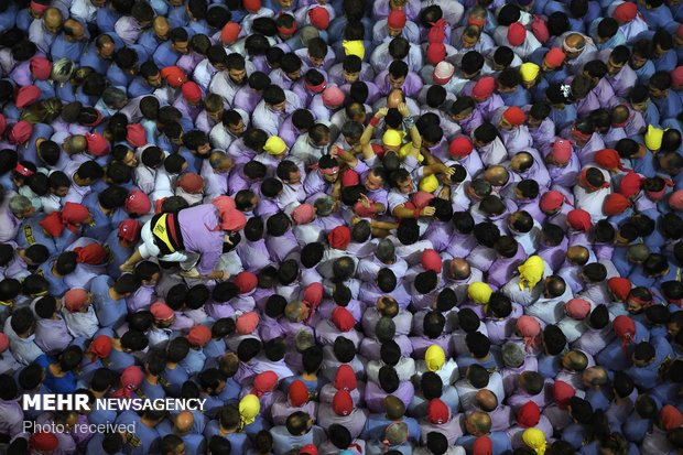 مسابقه برج های انسانی در اسپانیا