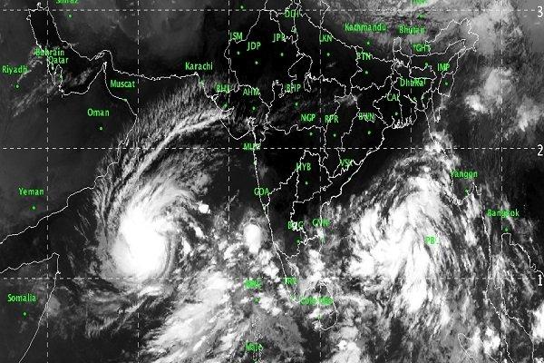 2920678 - بلوچستان و هرمزگان زیر سایه طوفان/ «شاهین» بر فراز عمان بال گشود