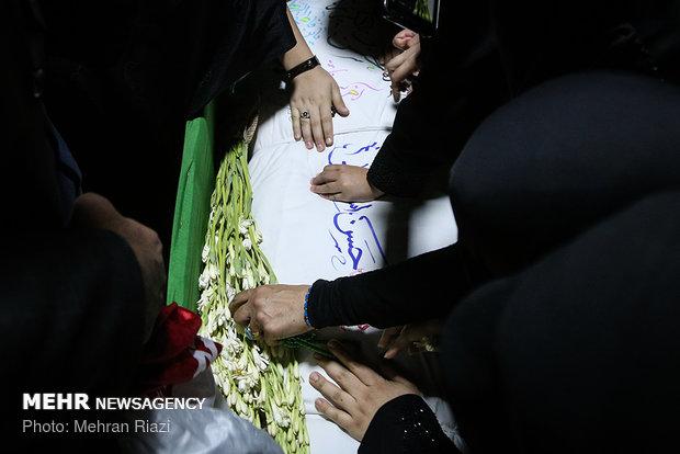 وداع با پیکر شهید حسن اسماعیلی