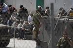 اعتصاب غذای بیش از ۱۲۰۰ اسیر فلسطینی در زندان «عوفر»