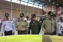 العميد دادرس يتفقد وحدة الطائرات المسيرة في مقر خاتم الانبياء(ص) للدفاع الجوي