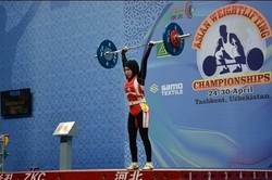 دعوت سه بانوی وزنهبردار نوجوان لرستانی به اردوی تیم ملی