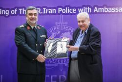 تہران میں مقیم سفیروں کی پولیس سربراہ سے ملاقات