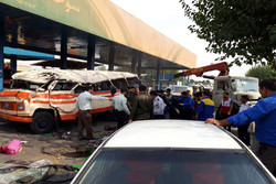 واژگونی یک دستگاه مینی بوس با ۱۱ مصدوم در شهرری