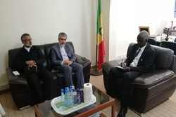 Iranian amb. meets with University of Dakar's president