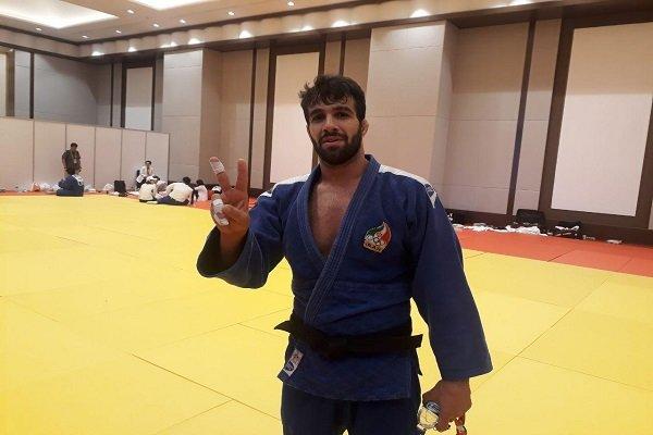 لاعب جودو ايراني مكفوف يتقلد الذهبية في دورة الالعاب البارآسيوية