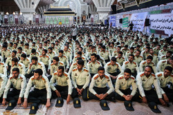 پولیس کا حضرت امام خمینی (رہ) کے مزار پر تجدید عہد