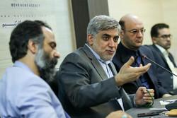باید به مردم امیدواری مبتنی بر واقعیت داد/ایران تحریم پذیر نیست