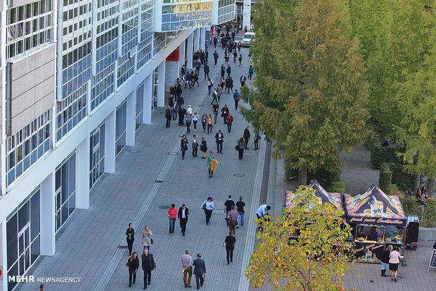 گزارش اولین روز نمایشگاه فرانکفورت/خلوتی و بازدیدهای هدفمند