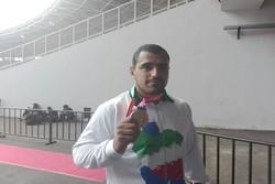 پاکباز: مدالم را به روح قربانیان پرواز تهران - یاسوجتقدیم میکنم