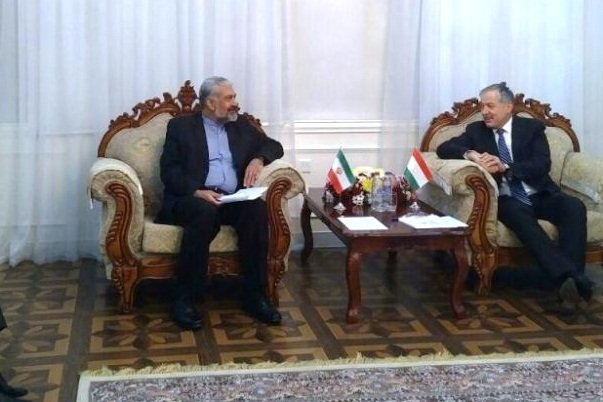 Iran, Tajikistan stress enhancing ties in different sectors
