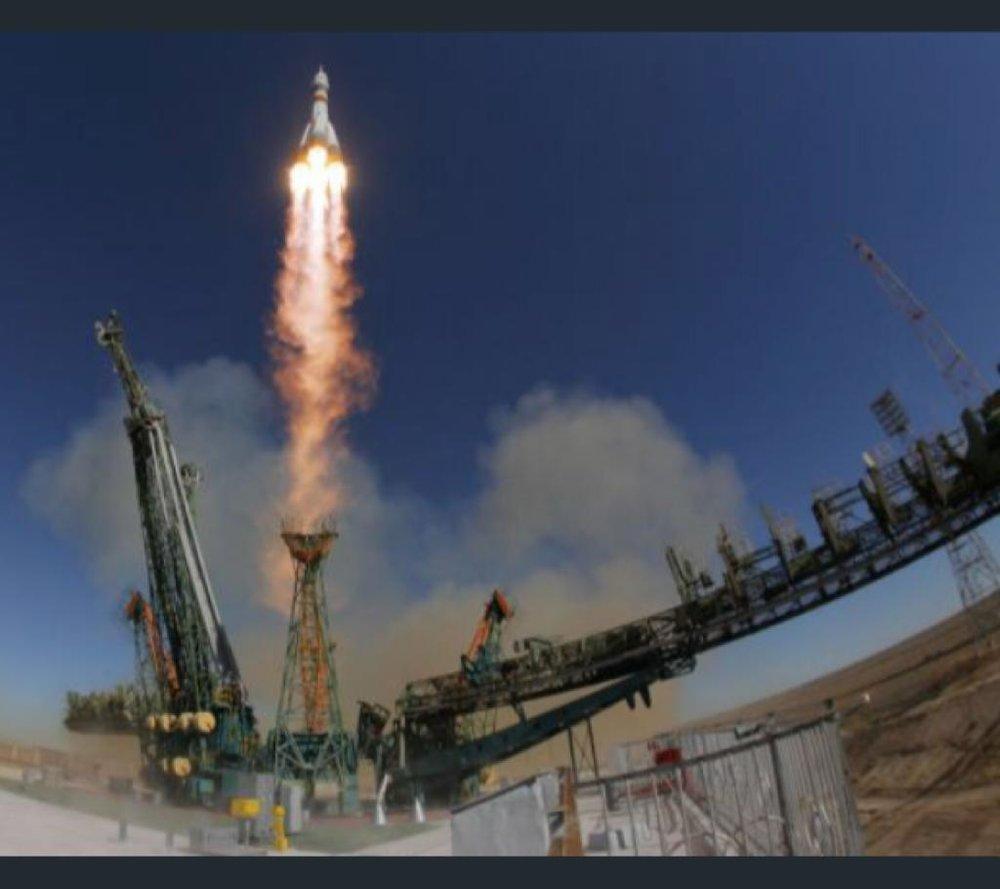 موشک سایوز فضانوردان را به زمین بازگرداند